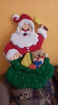 Christmas Stockings, Christmas Ornaments, Santa, Holiday Decor, Macrame, Home Decor, Christmas Decor, Vestidos, Decorative Bed Pillows