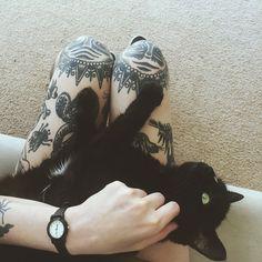 Black cat and blackwork tattoos (photo by disintegrationxvx) Sexy Tattoos, Girl Tattoos, Tattoo Designs For Girls, Tattoo Blog, Cat Tattoo, Animal Tattoos, Body Mods, Crazy Cat Lady, Inked Girls