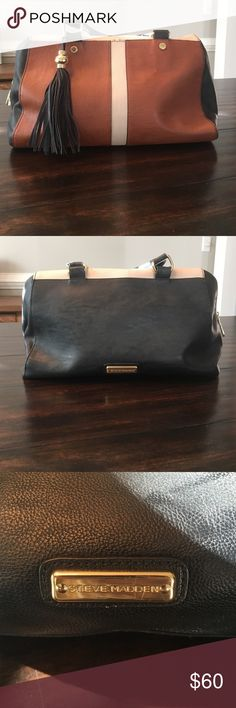Steve Madden Leather purse with Fringe tassel! Very on trend! Steve Madden Leather purse with Fringe tassel. Inside has 3 compartments for easy organization- 1 of the compartments has a secure zipper enclosure. See pictures for the lovely details! Steve Madden Bags Shoulder Bags