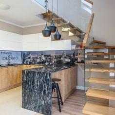 Apartament na Ołtaszynie. Kuchnia. #kuchnia #kitchen #kitchendesign #interior #design #stairs #artecubo