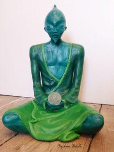 être malachite Malachite, Buddha, Sculptures, Creations, Statue, Green, Paint, Sculpture