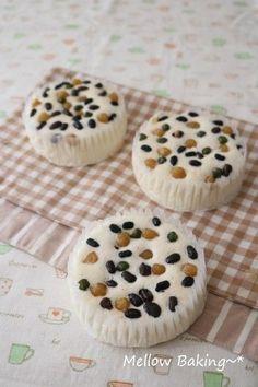 예전에 좋아해서 자주 사먹던 케이크중 하나가 백설기빵이에요. 샤니에서 나온것도 있지만...대형마트 안 ...
