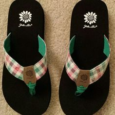 Yellow Box Plaid Flip Flops New in box flip flops, youth size 3. Yellow Box Shoes Sandals