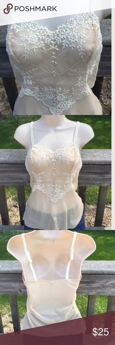 "Wacoal Embrace Lace Cami Cami looks brand new. No sign of wear. Adjustable straps around 14"" down and 13""across. #61191 discountinued. Retailed for $50 Wacoal Intimates & Sleepwear Chemises & Slips"