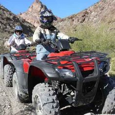 El Dorado Canyon and Gold Mine Trip On this exciting day trip from Las Vegas you'll ride your ATV or UTV into extreme mountain terrain, surrounded by cactus forest and with towering, multicolored rock formations as a backdrop. Las Vegas Travel Guide, Las Vegas Tours, Las Vegas Trip, Las Vegas Hotels, Las Vegas Grand Canyon, Las Vegas Valley, Air Balloon Rides, Off Road Adventure, Man Birthday