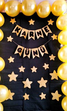 Graduation should be celebrated as the day of success, a long and challenging process. 18th Birthday Party Themes, Diy Birthday Decorations, Baby Birthday, Graduation Balloons, Graduation Day, Graduation Pictures, Kindergarten Activities, Preschool Crafts, Crafts For Kids