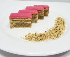 Sitni kolači | Tortini - torte i kolači Krispie Treats, Rice Krispies, Chocolate Salami Recipe, Salami Recipes, Desserts, Food, Tailgate Desserts, Deserts, Essen