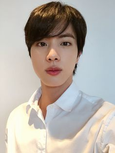 Uploaded by Find images and videos about kpop, bts and jin on We Heart It - the app to get lost in what you love. Seokjin, Namjoon, Taehyung, Jhope, Vlive Bts, Bts Twt, Bts Bangtan Boy, Bts Boys, Jung Hoseok