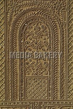 Media Bakery, Photo by Stoked - Mirror work in mud Clay Wall Art, Clay Art, Wall Patterns, Painting Patterns, Mehndi, Tanjore Painting, Ganesha Painting, Mirror Art, Mirrors