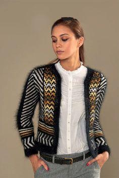 Fair Isle Knitting, Hand Knitting, Knitting Patterns, Crochet Blouse, Knit Crochet, Angora, Knit Fashion, Knit Cardigan, Mantel