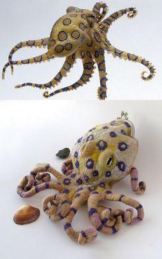 Felted purse - Blue-Ringed octopus by GalaFilc, via Flickr