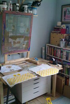 Robin & Mould studio