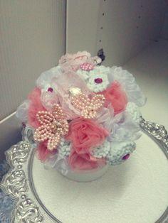 #bouquet #pink #white #felt  #pearl #handbouquet  #organza #net #wedding #tunang #kahwin #diy #craft #handmade