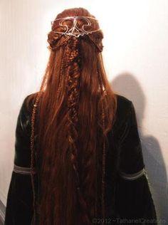 Celtic hairdoo