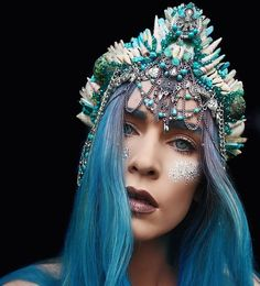 This is a brand new place for graphics! I hope you all will jo… Random Mermaid Crown, Mermaid Hair, Seashell Crown, Shell Crowns, Crystal Crown, Circlet, Halloween Kostüm, Fantasy Makeup, Tiaras And Crowns