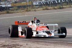 McLaren M26 - Ford