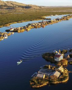 Sunrise on Lake Titicaca. In ancient times the Uros of Peru were fishing people who lived on reed boats in Lake Titicaca. When the Inca… Lago Titicaca Peru, Lake Titicaca, Ushuaia, Backpacking Peru, Peru Culture, Peru Beaches, South America Destinations, In Ancient Times, Where To Go