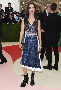 Met Gala 2016. Jennifer Connelly in Louis Vuitton. Not sure how I feel about the shoes- and I love chunky boots.