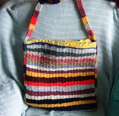 Multicoloured shoulder bag - Hand woven on a peg loom. The handle was made  using 090c376896