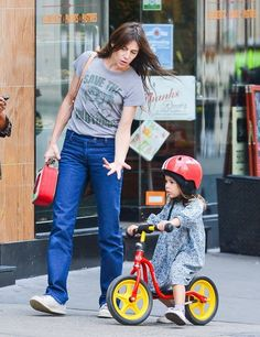 Charlotte Gainsbourg Photos - Charlotte Gainsbourg Out With Her Daughter In NYC - Zimbio