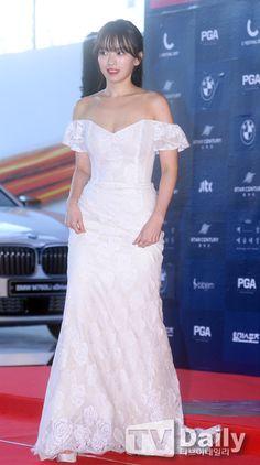 [TD포토] 천우희 '글래머 몸매 드러낸 드레스'
