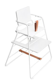 TOWERchair White // folds flat    I want to find away to make some kind of version of this