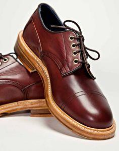 Tricker's X Très Bien Burgundy Burnished Super Shoe.....amazing