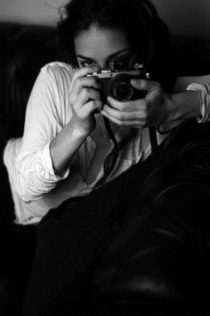 Portrait By Benya Acame Nina Hagen, Girls With Cameras, Classic Camera, Provocateur, Camera Obscura, Female Photographers, Photo Black, Olivia Palermo, Shutter Speed