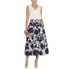 Oscar de la Renta Printed cotton and silk-blend midi skirt ($716) ❤ liked on Polyvore featuring skirts, midi skirt, white knee length skirt, calf length skirts, oscar de la renta and white skirt