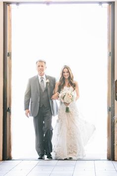 ~ love love love this shot by MarianneWilson.net of Jonna preparing to walk down the aisle! @Jonna Walsh marries American Idol Lee DeWyze / Their wedding is featured today on http://StyleMePretty.com/2012/07/25/american-idol-winner-lee-dewyze-marries-jonna-walsh-by-marianne-wilson/