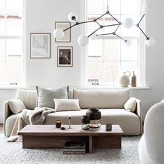 A little coffee table is stylish (check), wide enough to put on something nice . Simple Interior, Decor Interior Design, Furniture Design, Ikea Living Room, Living Spaces, Happy New Home, Home Trends, Modern Wall Decor, Home And Deco