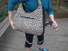 Concealed carry purse of large size by GunsandRosesPurses