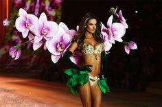 Alessandra Ambrosio Victoria's Secret Fashion Show 2012
