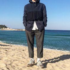 "Reposting @zalzayop: ... ""급 속초여행"" Menswear mode style outfit tenue homme inspiration streetstyle"