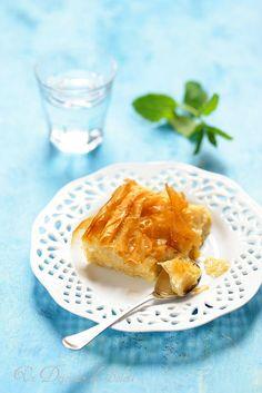 Greek Cookbook, Greek Pastries, Filo Pastry, Greek Desserts, Chapati, Treats, Homemade, Baking, Breakfast