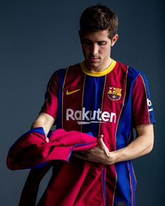 Barcelona Football, Fc Barcelona, World Football, Football Players, Messi, Sergi Roberto, Football Wallpaper, Sport, 1