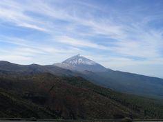 Pico del Teide on Kanariansaarten Teneriffalla sijaitseva tulivuori.