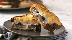 Cheesy mushroom sandwiches