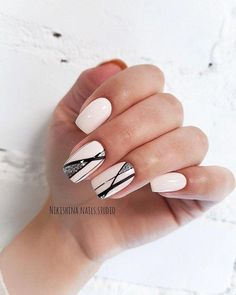 Wedding Nails-A Guide To The Perfect Manicure – NaiLovely Classy Nails, Trendy Nails, Colorful Nail Designs, Nail Art Designs, Hot Nails, Hair And Nails, Nagel Bling, American Nails, Nagellack Trends
