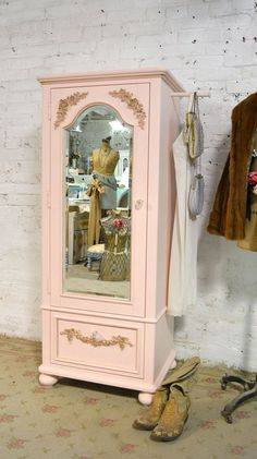 AM189 de armario francés romántico Shabby Chic Cottage pintado