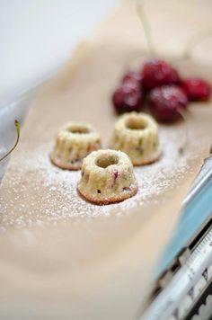 Recipe: Mini Cherry Gugelhupf