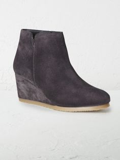 Leonie wedge boot
