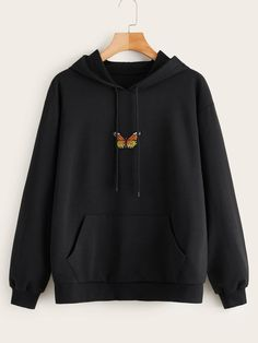 Shein Plus Butterfly Embroidered Kangaroo Pocket Hoodie Aesthetic Hoodie, Aesthetic Clothes, Girls Fashion Clothes, Teen Fashion Outfits, Fall Fashion, Fashion Black, Stylish Hoodies, Mode Kpop, Sweatshirt Outfit