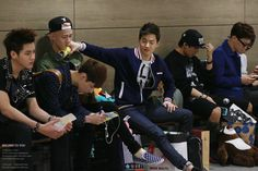"""Lol if you zoom in (admin X Shelly from FB noticed this) Sehun's sock says """"I <3 Sehun."""""""