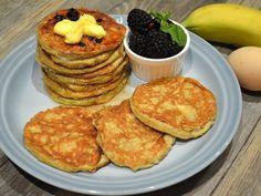 最簡單的鬆餅Pancake配方,不用加入任何粉類、無糖、無添加劑,只需要香蕉和雞蛋2種材料,就能做出美味、低卡、高營養的鬆餅。將香蕉壓成糊狀加入蛋拌勻成香...