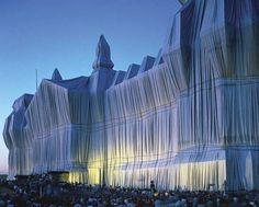 Christo: the Reichstag wrapped in silver fabric [Credit: © Bilderberg/Press and Information Office of the Federal Government of Germany]
