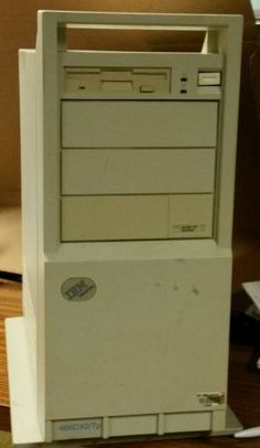 "IBM 486DX2 66mhz DOS 6.22 Windows 3.1 PC  16MB RAM 1.44MB 3.5"" mouse"