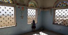 Em Sanaa, capital do Iêmen.  Fotografia: Mohammed Huwais / AFP.  http://noticias.uol.com.br/album/2016/01/06/olho-magico-2016.htm?fotoNavId=prca149f17e985f9fa379b62f313d19620161115