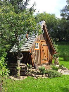 My Space, spiritual space. Backyard Storage Sheds, Backyard Sheds, Backyard For Kids, Diy Chicken Coop Plans, Backyard Chicken Coops, Chickens Backyard, Cool Tree Houses, Fairy Houses, Play Houses