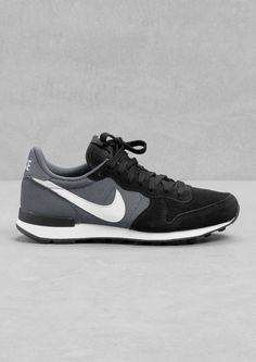 Casual & Other Stories | Nike Internationalist Mijn favorietjes!